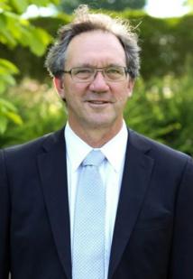 Dr. Thomas Cowan