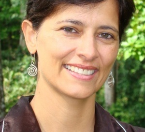 http://weec2015.org/new-keynote-speaker-mirian-vilela/